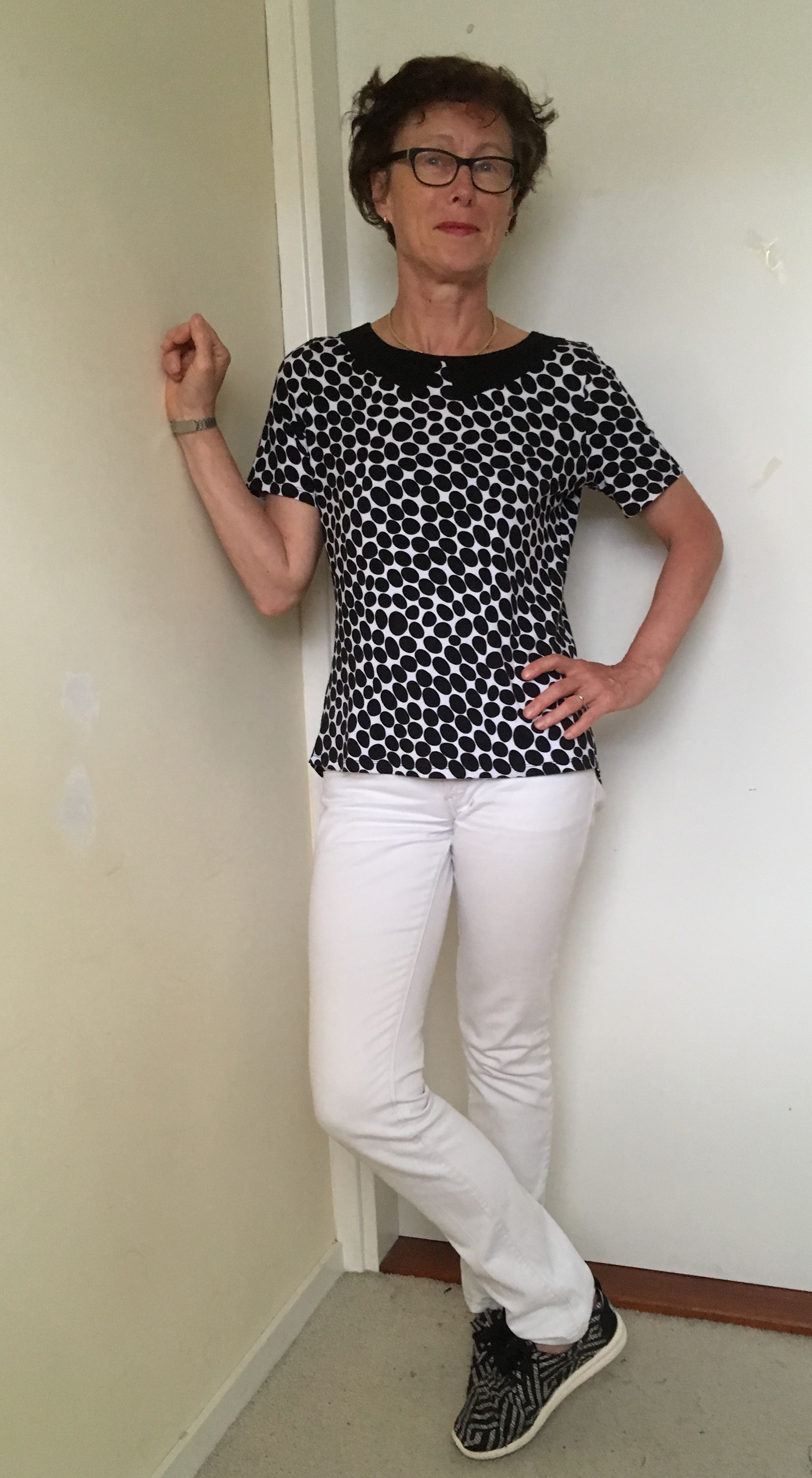 Back Buttoned Polkadot Top